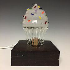Cupcake Nightlight by Sage Churchill-Foster (Art Glass Table Lamp)