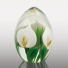 White Calla Lily Paperweight by Orient & Flume Art Glass (Art Glass Paperweight)