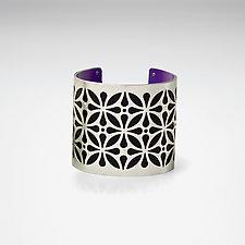 Teardrop Flower by Gogo Borgerding (Silver & Aluminum Bracelet)