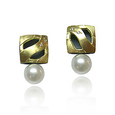 Moiré Square Studs with Pearl by Keiko Mita (Gold, Silver, & Pearl Earrings)