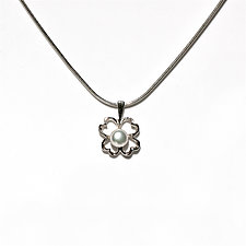 Four Leaf Clover Pearl Pendant by Kathleen Lynagh (Silver & Pearl Necklace)