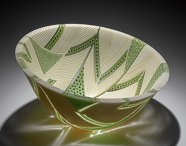 Arrows Bowl in Green