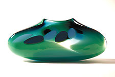 Avocado Purse by Bengt Hokanson and Trefny Dix (Art Glass Vase)