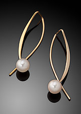 Gold and Pearl Earrings by Ben Dyer (Gold & Pearl Earrings)