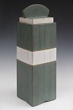 Tall Box by Douglas W. Jones and Kim Kulow-Jones (Wood Box)