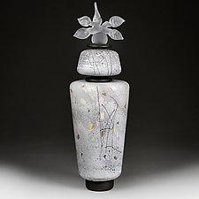 Zyma Vartovyy (Winter Sentinel) by Eric Bladholm (Art Glass Vessel)