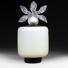 Novi Zivot Mali (New Life Petite) Vanilla Satin Cylinder by Eric Bladholm (Art Glass Vessel)