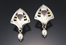 Chalcedony Earrings by Linda Smith (Gold, Silver, Stone & Pearl Earrings)