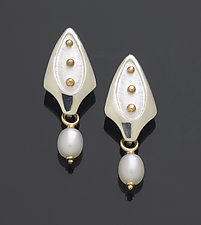 Gold Dot Earrings by Linda Smith (Gold, Silver & Pearl Earrings)