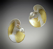 Mini Cloud with Pearl by Judith Neugebauer (Gold, Silver & Pearl Earrings)