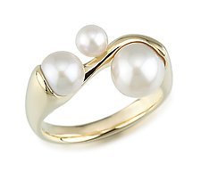 Pearl Ring by Alexan Cerna and Gina  Tackett (Gold & Pearl Ring)