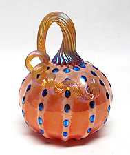 Small Peach Pumpkin with Iridescent Silver Blue Dots by Ken Hanson and Ingrid Hanson (Art Glass Sculpture)