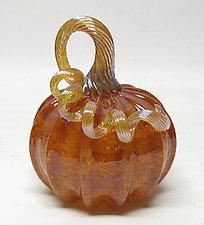 Small Fall Harvest Pumpkin by Ken Hanson and Ingrid Hanson (Art Glass Sculpture)