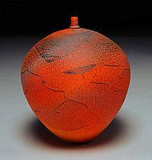 Comb and Wrap II by Nicholas Bernard (Ceramic Vase)