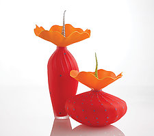 Duo In Red by Bob Kliss and Laurie Kliss (Art Glass Sculpture)