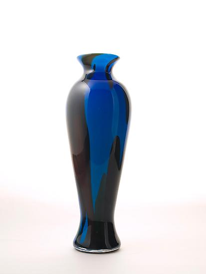 Happy Vase in Regal Blue