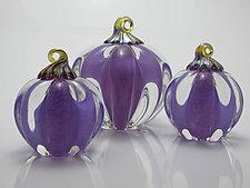 Purple Pumpkin by Michael Richardson, Justin Tarducci and Tim Underwood (Art Glass Sculpture)