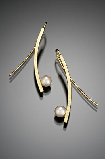 Curved Stick with Pearl