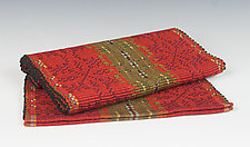 Oleana Table Runner by Kelly Marshall (Fiber Table Runner)