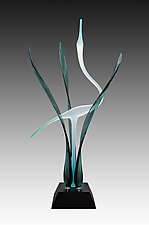 Heron in the Marsh, Peacock by Warner Whitfield and Beatriz Kelemen (Art Glass Sculpture)