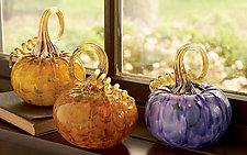 Mottled Pumpkins by Corey Silverman (Art Glass Sculpture)