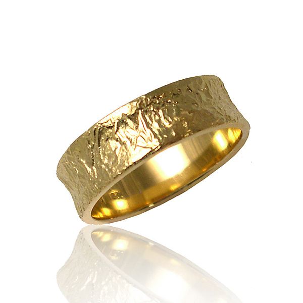 Concaved Band Ring