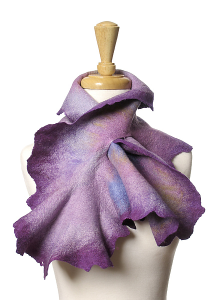 Coral Scarf in Lilac