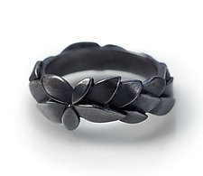 Wreath Ring by Giselle Kolb (Silver Ring)