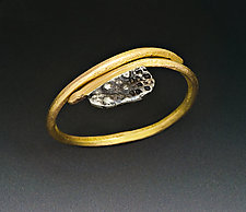 Small Urchin Ring by Peg Fetter (Gold & Silver Ring)