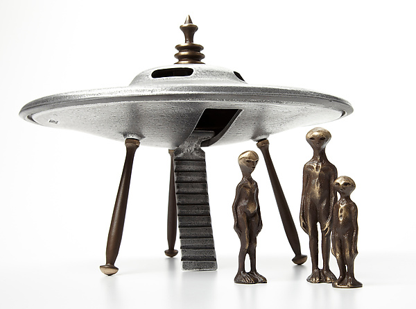 Flying Saucer with Alien Family