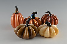 Autumn Super Mini Pumpkins by Donald  Carlson (Art Glass Sculpture)