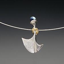 Flirting by Aleksandra Vali (Gold, Silver & Pearl Necklace)