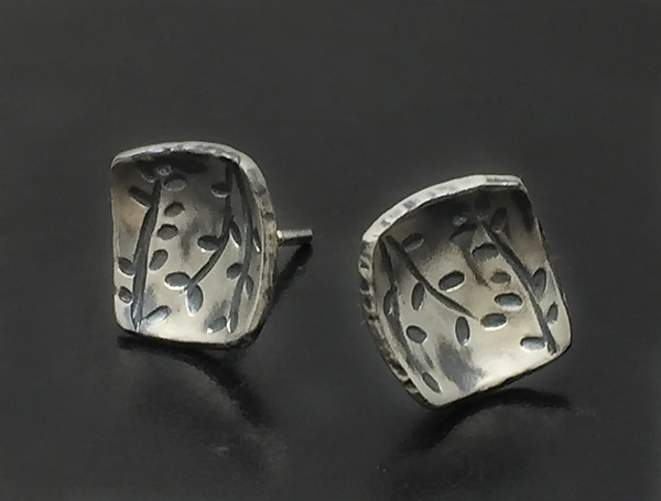 Echoes Square Studs