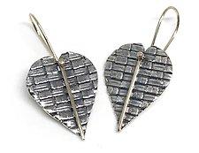Woven Hearts by Linda Bernasconi (Silver Earrings)