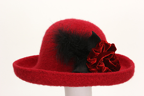Brimmed Hat with Flower in Red
