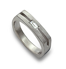 Parallel Arc with Diamond Baguette by Claudia Endler (Gold & Stone Wedding Band)