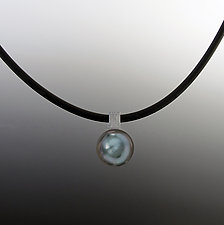 Tahitian Pearl Pendant by Claudia Endler (Gold & Pearl Necklace)
