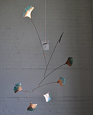 7 Leaf Copper Ginkgo Mobile with Green Patina by Jay Jones (Metal Sculpture)