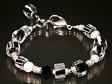 Karma Black & White Bracelet by Ricky Bernstein (Beaded Bracelet)