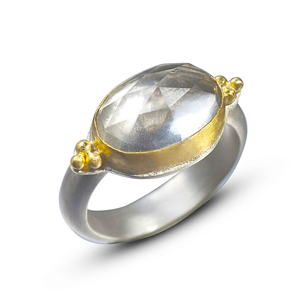 22k Gold & Rock Crystal Ring