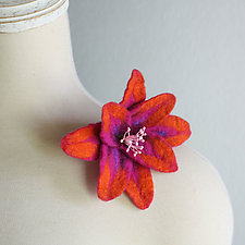 Clematis Brooch by Mila Sherrer  (Felted Brooch)