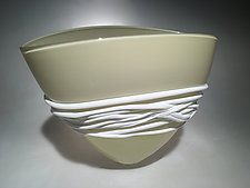 Beige Fan Bowl by Ian Whitt (Art Glass Bowl)