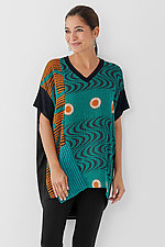 V-Neck Pocket Tunic #1 by Mieko Mintz  (One Size (2-14), Cotton/Rayon Tunic)