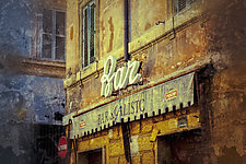 Roma #53v2 2011 by Mel Curtis (Color Photograph)