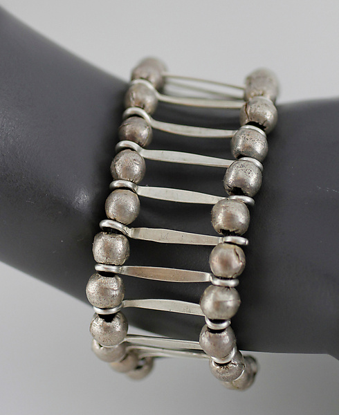 Silver Bracelet with Leather and Beads