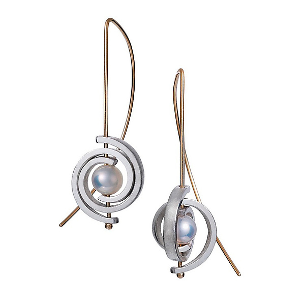 Inspiro Medium Spiral Earrings with White Pearl