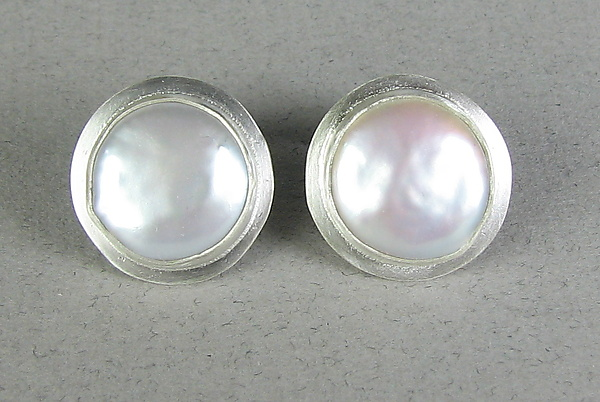 Pearl Button Classic Cuff Links