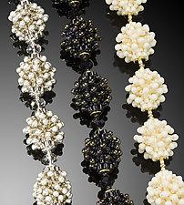 Bubbles Bracelet - Neutrals by Kathy King (Beaded Bracelet)
