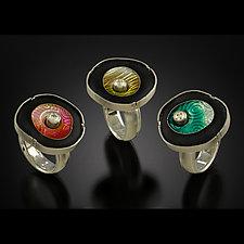 Floating Circle Ring by Jennifer Park (Enameled Ring)