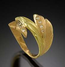 Green Leaf by Rosario Garcia (Gold & Stone Ring)